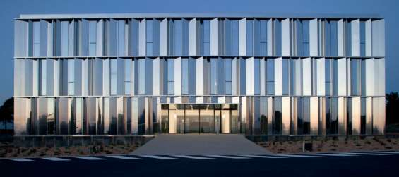 Leading company for curtain walling in london