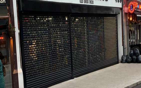 Affordable shutter repair in uk, rolling shutter repair - 24 shutter repair